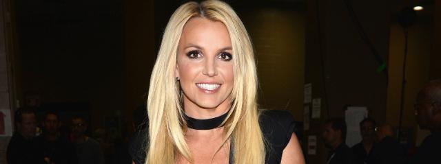"""Britney Spears """"sventa"""" il Suicidio di un Fan"""