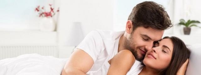 Uomini e donne vogliono romanticismo a letto