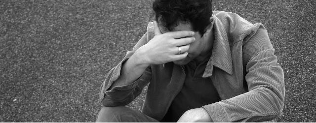 Gli uomini lasciati soffrono più delle donne?