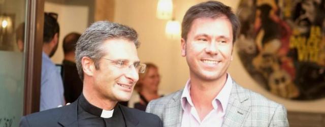 "Krzysztof Charamsa: ""sono gay e ho un compagno"""