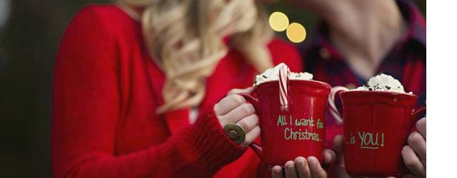 Festività natalizie romantiche tra incontri ed intimità
