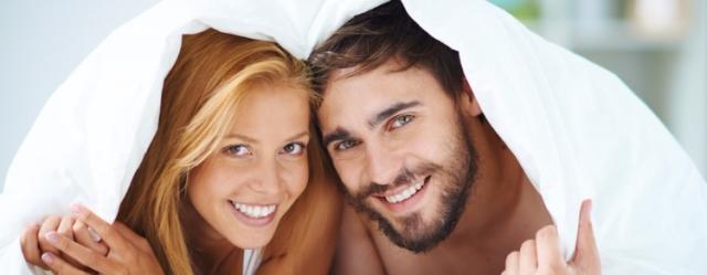 Dormire nudi fa bene alla coppia
