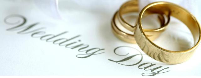 Sindaco brasiliano autorizza le nozze tra un uomo e due donne