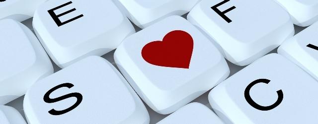 Flirt on line: il diminutivo rende più attraenti