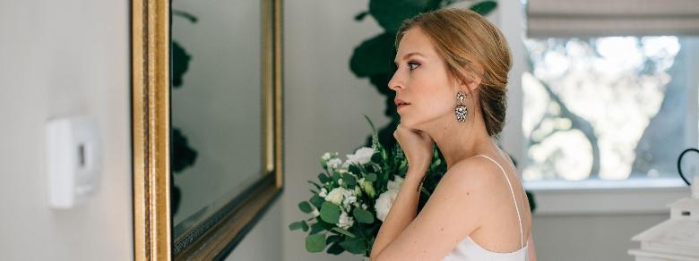 Sposarsi da soli, il nuovo trend dall'Italia al resto del mondo