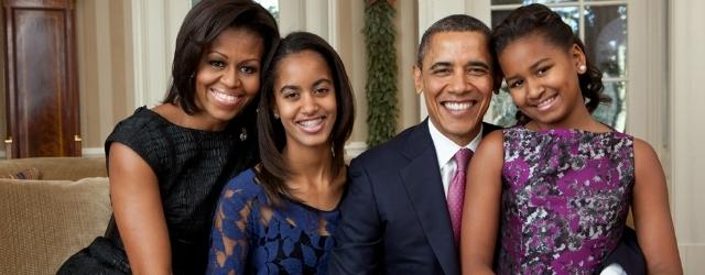 Mamma, papà e due figlie femmine: ecco la famiglia ideale!