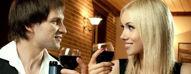 Come sedurre con un buon bicchiere di vino
