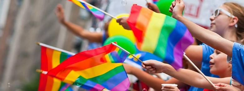 """A Reggio Emilia, la """"processione di riparazione pubblica per il gay pride"""""""