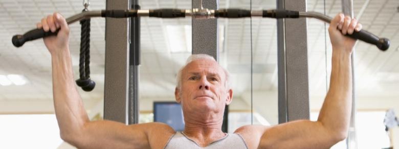 Quali sono i vantaggi dell'esercizio fisico per gli uomini dopo una certa età?
