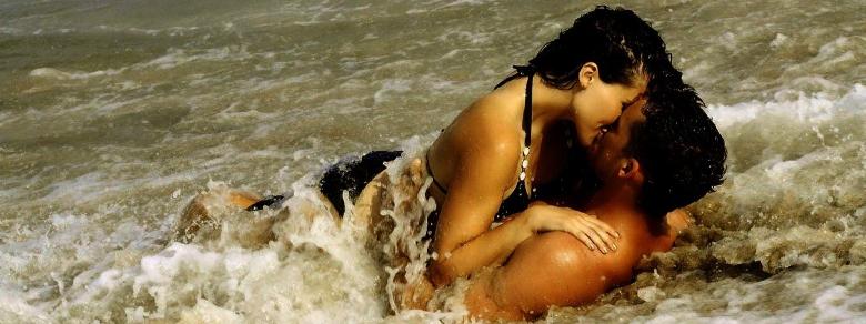 Rapporti intimi in spiaggia, ecco chi sono gli amanti più focosi