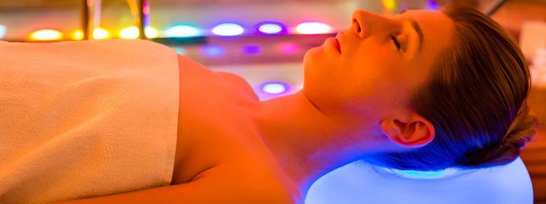 Cromoterapia, Quali Benefici Comporta alla Mente e al Corpo?