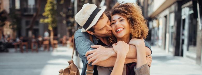 Quali sono le 5 caratteristiche di una relazione sana?