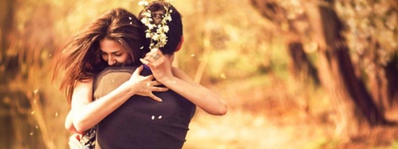 Come Capire il Tipo di Relazione Da un Abbraccio