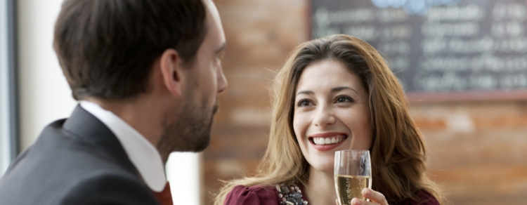 I Segnali delle Donne: 20 Segreti per Capire se le Piaci
