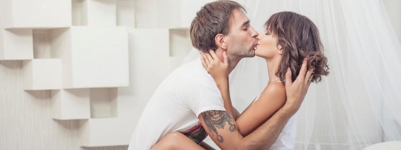 Sessualità, come cambia tra uomini e donne?